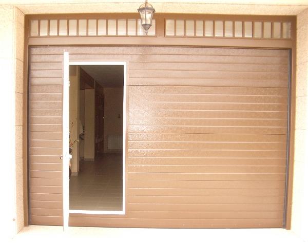 Precio de puertas seccionales de garaje awesome puertas for Precio de puertas automaticas